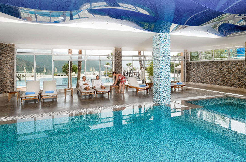 Luxurious spa with pool