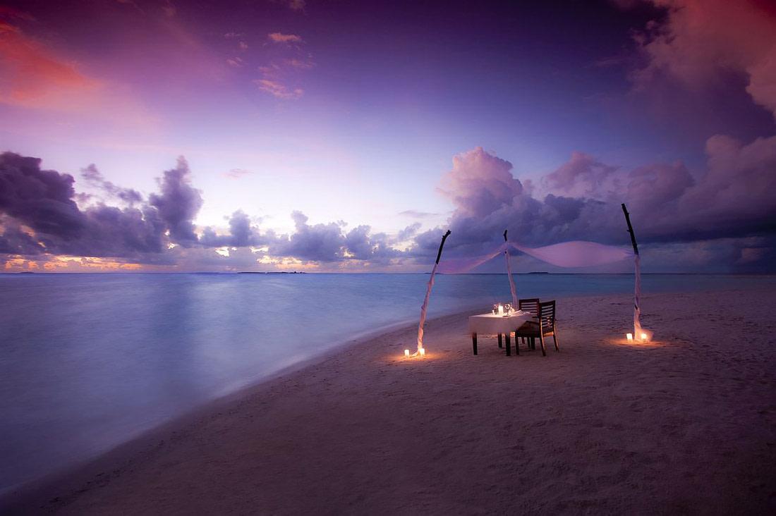 Romantic dinner by the ocean