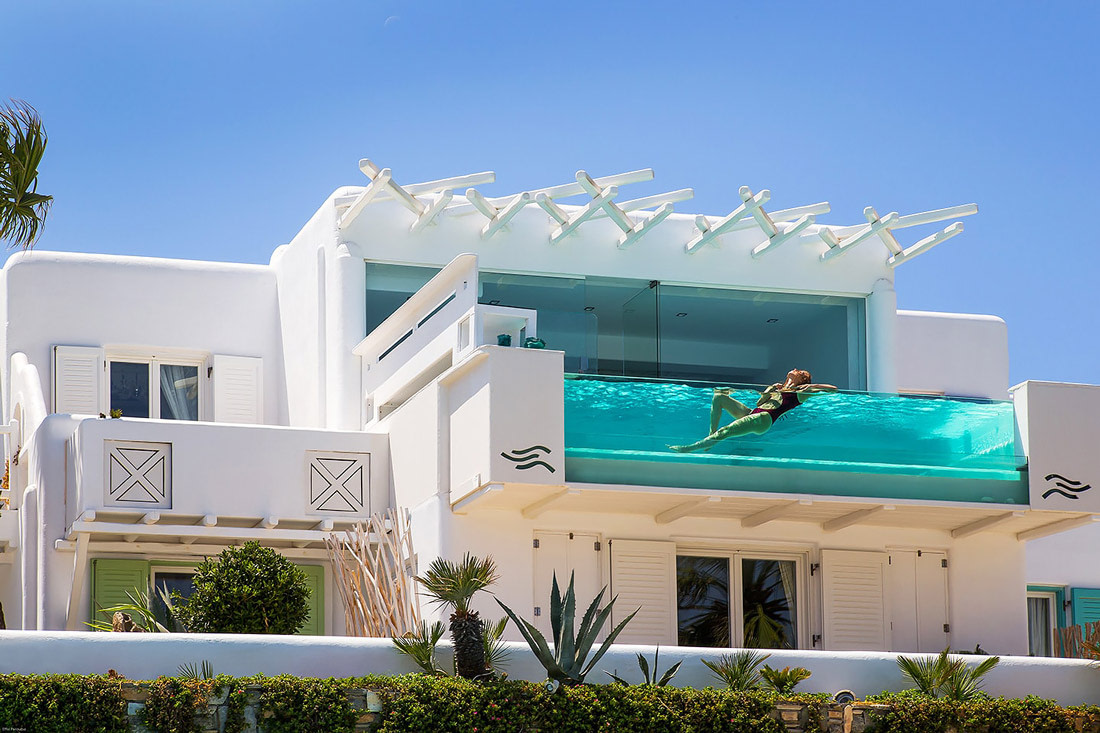 Villa with glass pool