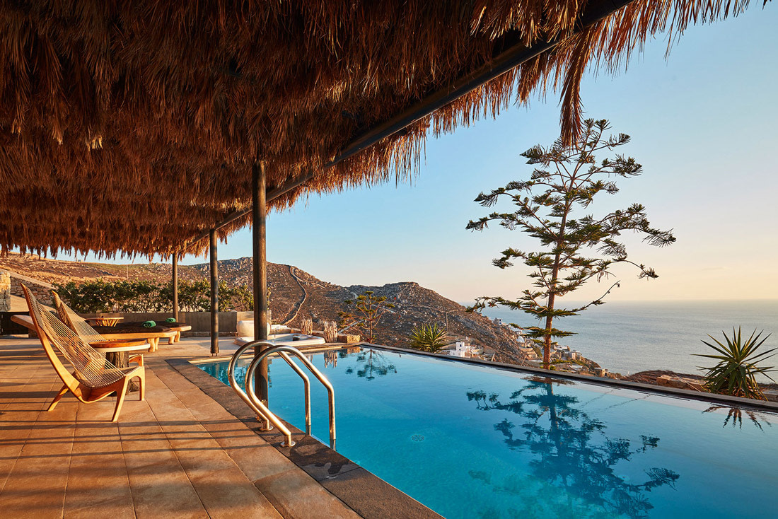 Infinity pool overlooking Elia Beach