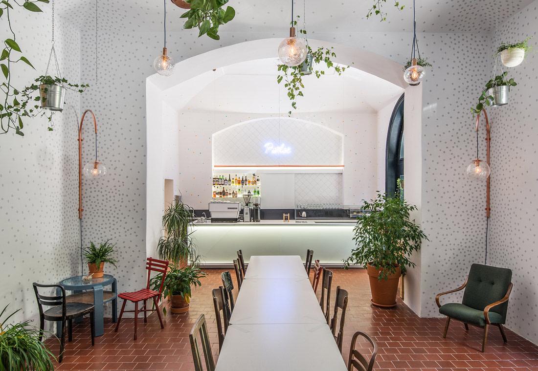 Parlor Café, Prague