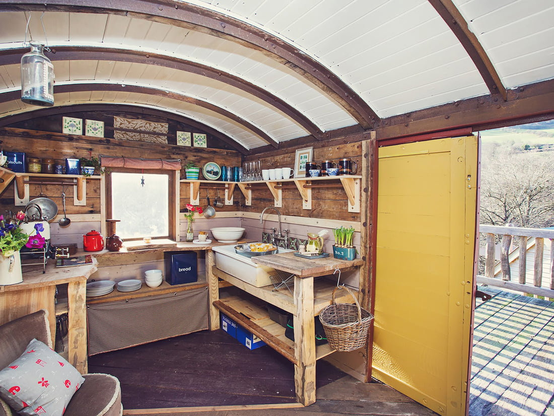 Railway cabin to rent in Wales