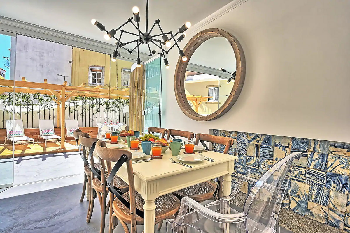 4 bedroom apartment with large terrace in Lisbon