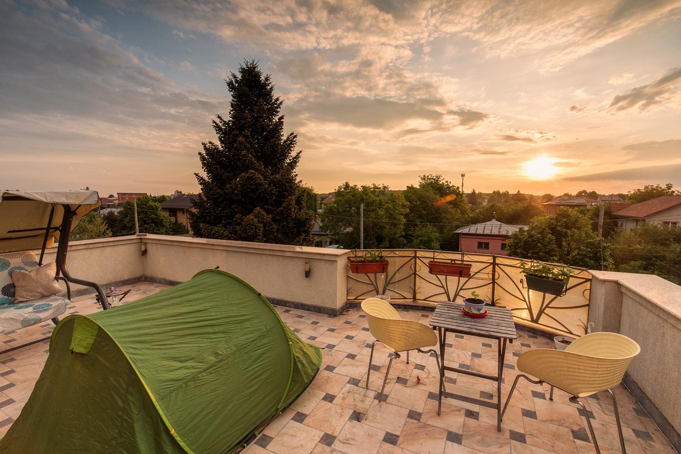 Balcony tent