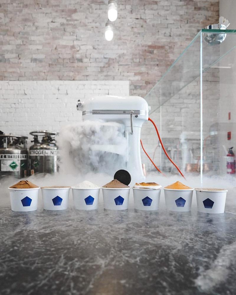 Nitrogen-churned artisan scoops