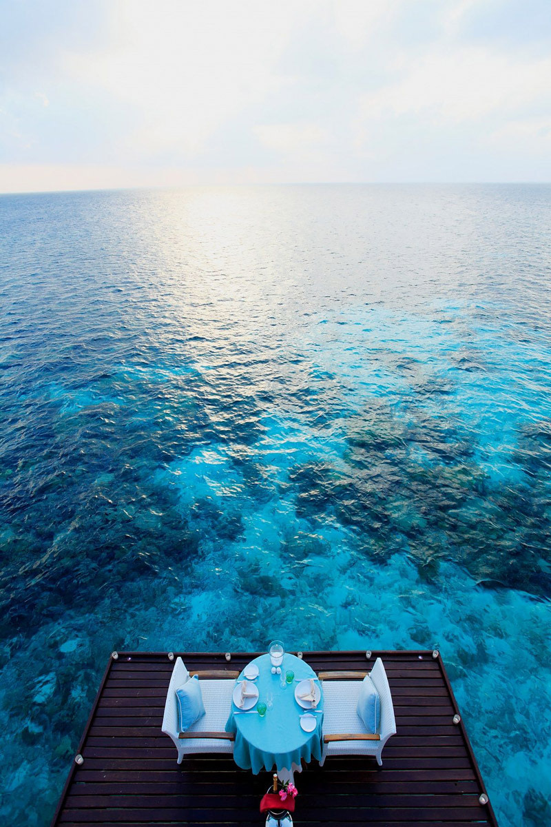 Overwater table